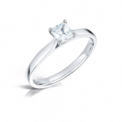 Wedfit 4 claw diamond engagement ring. Parallel daylight shoulder court shank. Princess cut.